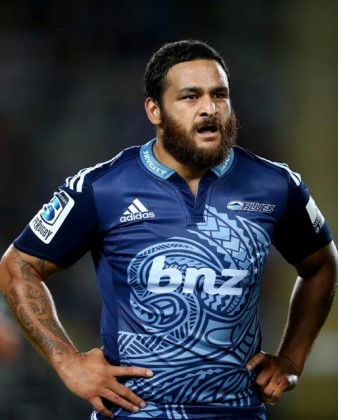 Piri Weepu playing for the Blues