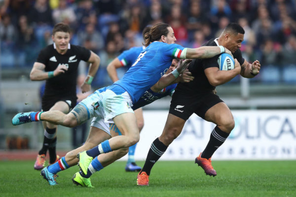 All Blacks coach Steve Hansen drops star centre from World Cup squad