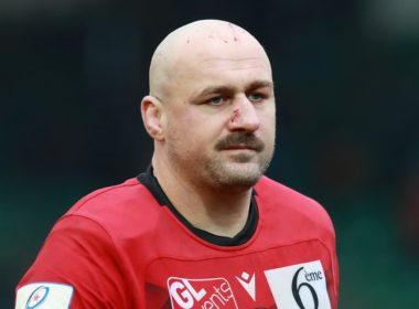 Lyon back row Carl Fearns