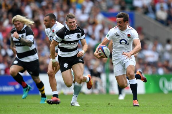England's battle at No.9 – Alex Mitchell ready to run with big dogs