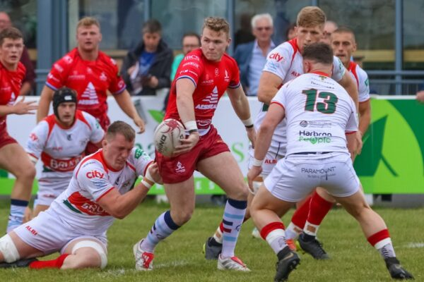 Nottingham sign fly-half following  exit of Shane O'Leary to Rouen
