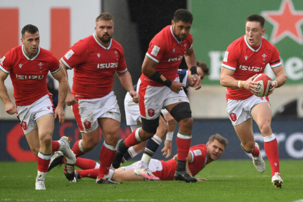 Wayne Pivac makes eight changes to Wales side to face England