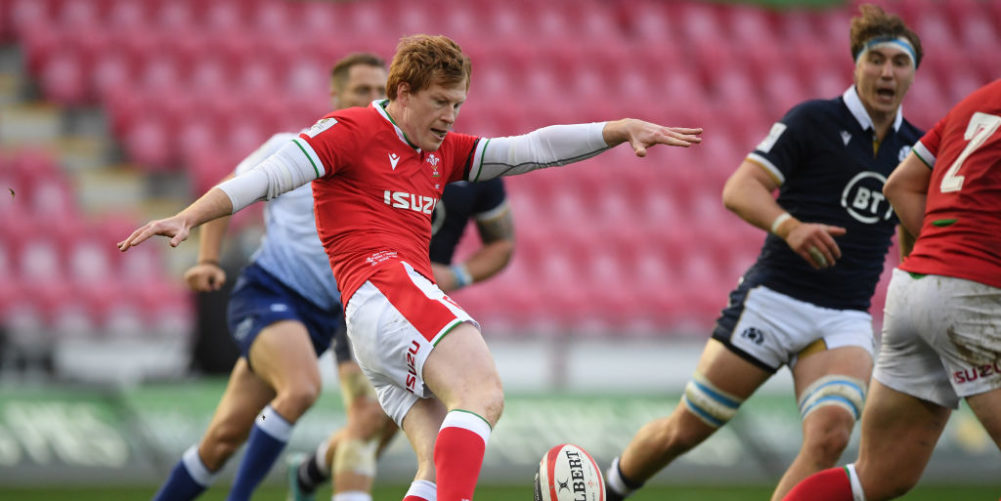 Wales fly-half Rhys Patchell
