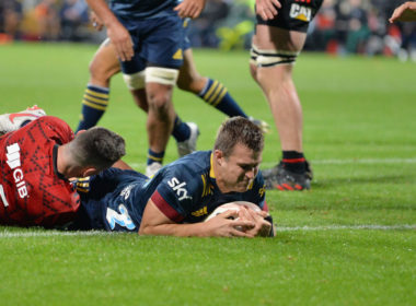 Highlanders centre Michael Collins has signed for Ospreys